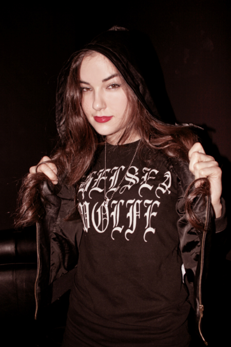 Sasha Grey of aTELECINE showing luv for label-mate CHELSEA WOLFE